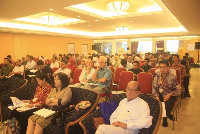 peserta-seminar-perlunya-pengendalian-penyakit-berbasis-masyarakat