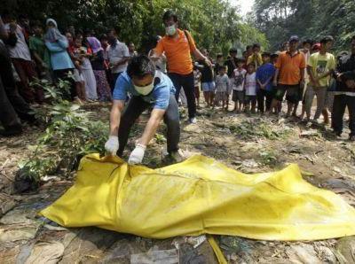 http://news.metrotvnews.com/read/2015/06/24/139928/tujuh-warga-kalteng-meninggal-karena-rabies